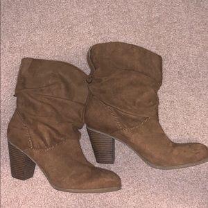 Indigo Road brown boots size 9